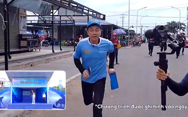 Nghệ sĩ Chí Tài cố giấu chuyện bị thương, nén chịu đau để mang về 72 triệu cho người nghèo