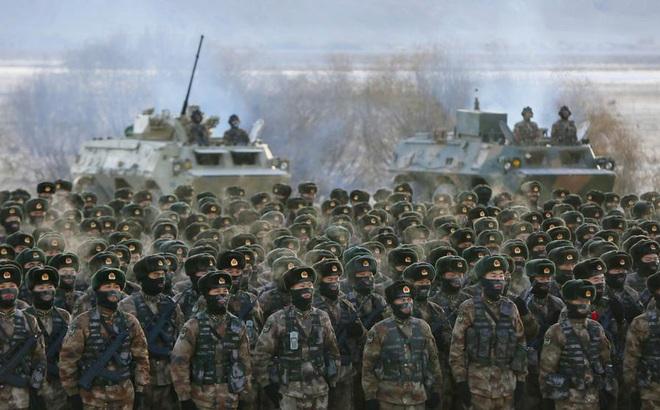 """Chủ tịch Tập Cận Bình ra lệnh cho quân đội Trung Quốc sẵn sàng chiến đấu """"bất kỳ giây nào"""""""