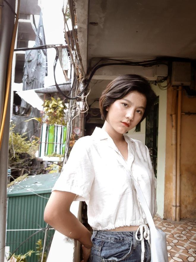 Ảnh thẻ cuốn hút của cô gái Thanh Hoá và chia sẻ về quá khứ buồn đằng sau ngoại hình khác biệt - Ảnh 4.