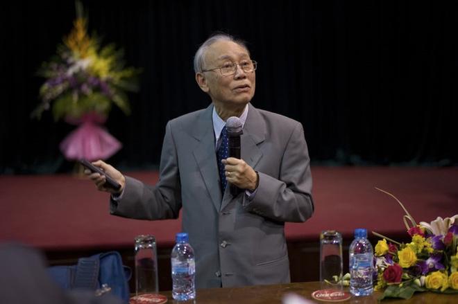 Nhà thiên văn học nổi tiếng thế giới Nguyễn Quang Riệu qua đời vì Covid-19 - Ảnh 1.