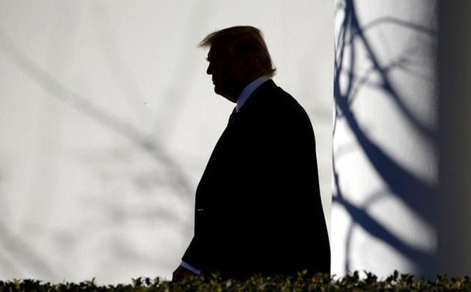 Nhiều đồng minh thân cận quay lưng với Tổng thống Trump
