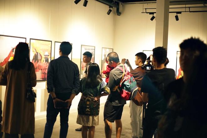 Wowy, Quang Đăng, Dustin Nguyễn xúc động khi xem triển lãm ảnh quảng bá văn hóa Việt Nam - Ảnh 17.