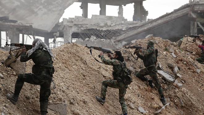 Căn cứ Nga bị đánh bom tan tác: Danh tính kẻ vuốt râu hùm bất ngờ - Ảnh 4.