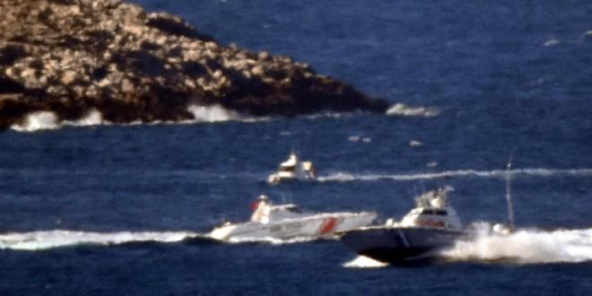 Hạm đội 5 Mỹ và tàu chiến Hàn Quốc áp sát Iran - Eo biển Hormuz lại nóng rực - Ảnh 1.