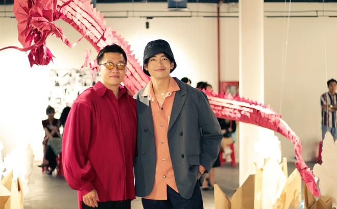 Wowy, Quang Đăng, Dustin Nguyễn xúc động khi xem triển lãm ảnh quảng bá văn hóa Việt Nam