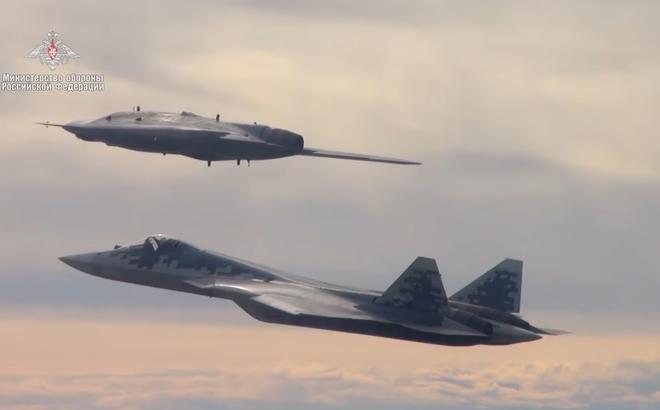"""Báo Trung Quốc: Nga sẽ hoàn toàn làm chủ bầu trời với """"Thợ săn tàng hình"""" Okhotnik"""