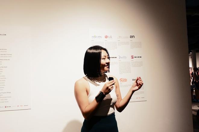 Wowy, Quang Đăng, Dustin Nguyễn xúc động khi xem triển lãm ảnh quảng bá văn hóa Việt Nam - Ảnh 11.