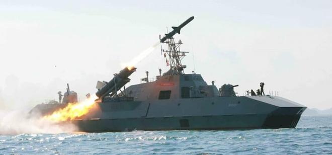 Báo Mỹ: Tàu chuyên dụng của Iran lộ diện - thiết kế đặc biệt của các chiến hạm tương lai! - Ảnh 4.