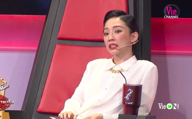 """Siêu trí tuệ Việt Nam: Nữ sinh Bắc Giang khiêu chiến thí sinh """"hot"""" nhất mùa 2, kết quả bất ngờ!"""