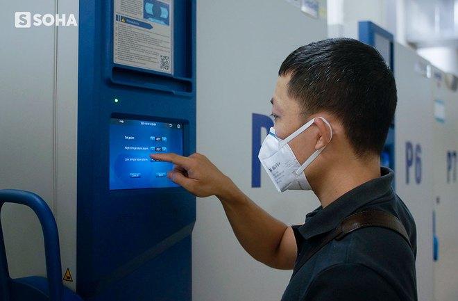Mỹ viện trợ Việt Nam 77 tủ lạnh bảo quản vaccine, nói là sự giúp đỡ cho bạn bè và mang ý nghĩa của niềm hy vọng - Ảnh 4.
