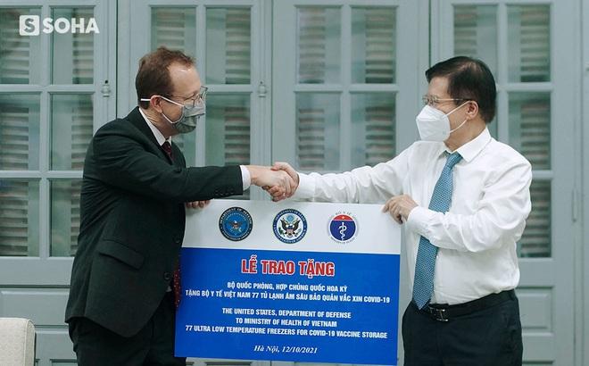 Mỹ viện trợ Việt Nam 77 tủ lạnh bảo quản vaccine, nói là sự giúp đỡ cho bạn bè và mang ý nghĩa của niềm hy vọng