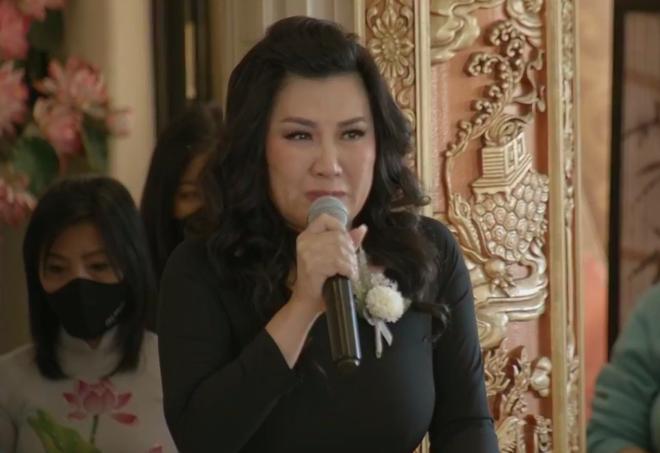Vợ cũ Bằng Kiều òa khóc nức nở trong tang lễ khi tuyên bố: Phi Nhung là em ruột của tôi - Ảnh 5.