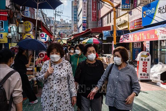 Chiến công ngoại giao: Quốc đảo TBD không kịp tiêm hết cho dân, Việt Nam vận động chớp nhoáng lô vắc xin quý giá về ngay TP.HCM - Ảnh 1.