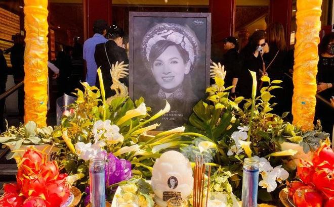 Em ruột Phi Nhung xúc động sau tang lễ: Có mấy ai được như chị em