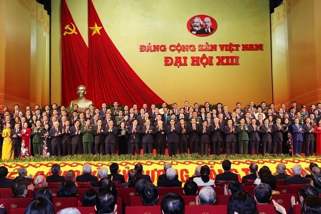 Ảnh: Toàn cảnh phiên bế mạc Đại hội đại biểu toàn quốc lần thứ XIII của Đảng - Ảnh 12.