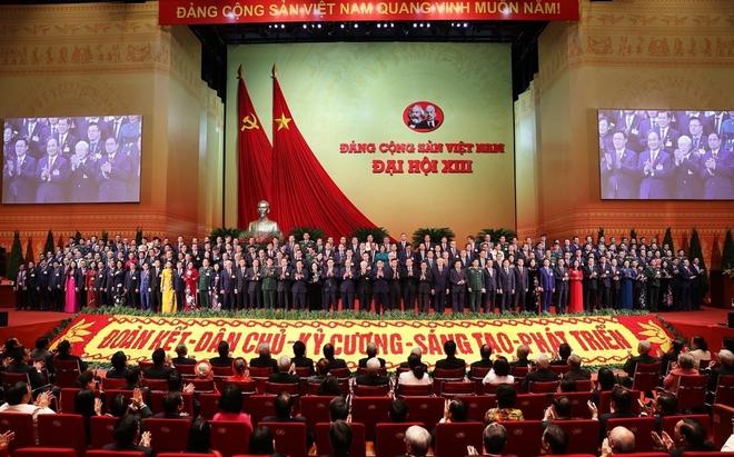 Ảnh: Toàn cảnh phiên bế mạc Đại hội đại biểu toàn quốc lần thứ XIII của Đảng - Ảnh 10.