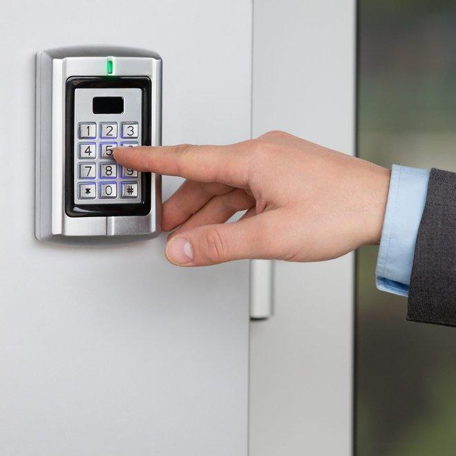 11 sai lầm khiến cho ngôi nhà của bạn dễ bị trộm hơn: Số 2 chẳng khác nào mời trộm vào nhà - Ảnh 7.