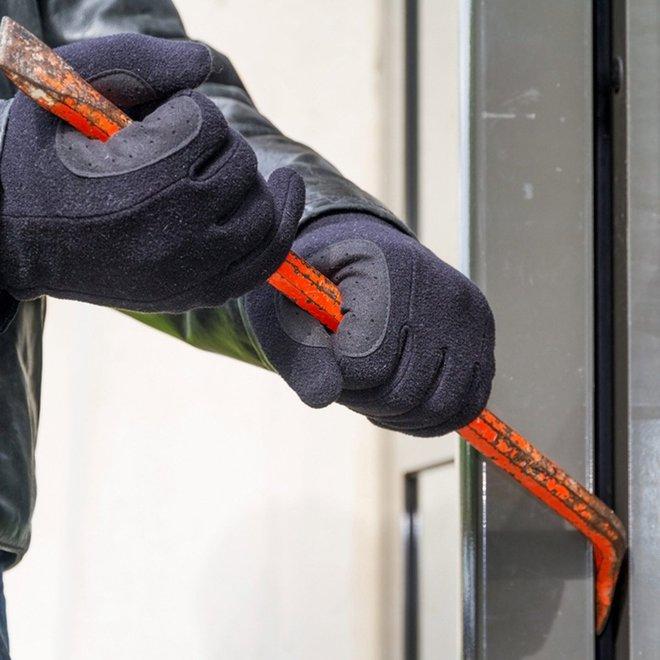 11 sai lầm khiến cho ngôi nhà của bạn dễ bị trộm hơn: Số 2 chẳng khác nào mời trộm vào nhà - Ảnh 11.