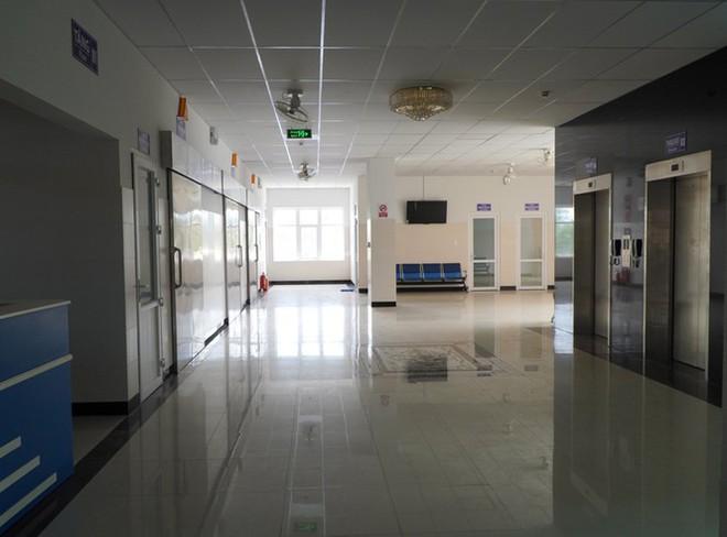 Có gì bên trong bệnh viện dã chiến điều trị bệnh nhân COVID-19 ở Gia Lai? - Ảnh 6.