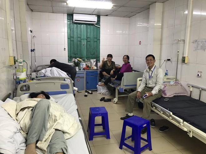 Đêm giao thừa đặc biệt ở bệnh viện E - Ảnh 6.