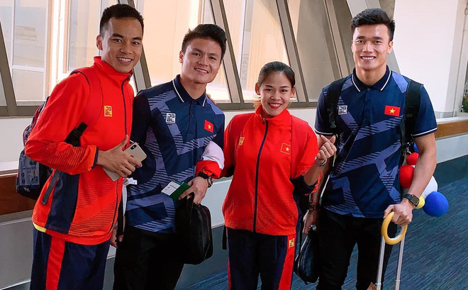 """""""Đôi chân thép"""" ôm nỗi ám ảnh về SEA Games & cú đoạt vé Olympic đầy ngỡ ngàng cho Việt Nam"""