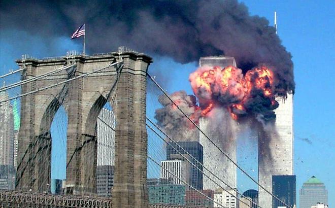 """Hé lộ """"tấm màn bí ẩn"""" trong vụ 11/9: Lý do quân đội Mỹ không phát lệnh bắn hạ máy bay khủng bố"""