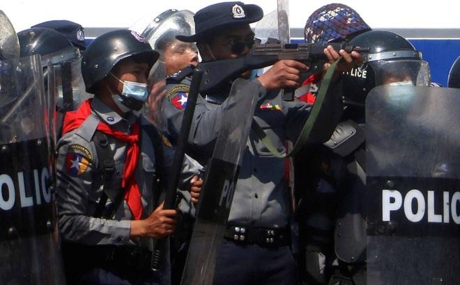 """Chuyên gia Trung Quốc: Chính biến Myanmar là đòn """"tiên hạ thủ vi cường"""" ngăn đảng của bà Suu Kyi làm 1 điều"""