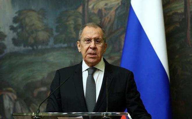 """Nga-EU căng thẳng cực độ: Ngoại trưởng Lavrov tuyên bố nóng, Đức """"hoảng hồn"""", Kremlin """"chữa cháy"""""""