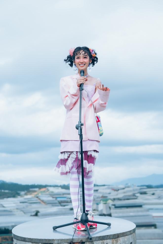 Juky San tung ca khúc ngọt ngào dịp Valentine  - Ảnh 3.