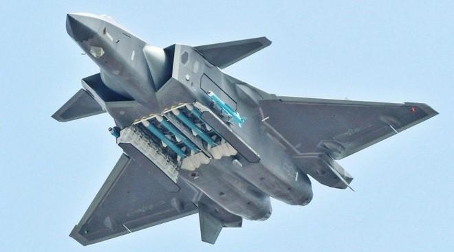 """Tướng Ấn Độ: J-20 Trung Quốc đừng mơ thống trị bầu trời châu Á, Rafale dễ dàng """"xử đẹp"""" - Ảnh 1."""