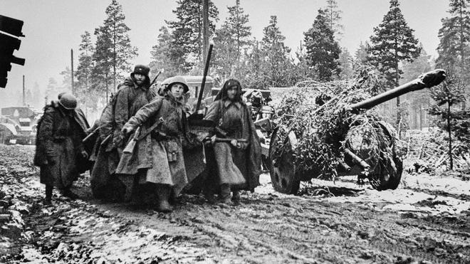 Cuộc bao vây đáng sợ nhất lịch sử: Đức nỗ lực san phẳng Leningrad, Hồng quân quyết cứu bằng được - Ảnh 8.