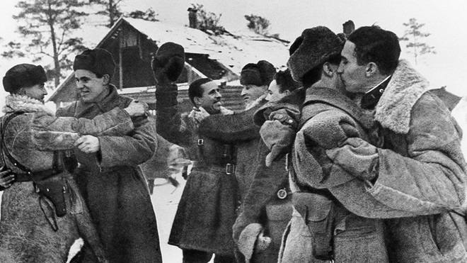 Cuộc bao vây đáng sợ nhất lịch sử: Đức nỗ lực san phẳng Leningrad, Hồng quân quyết cứu bằng được - Ảnh 10.