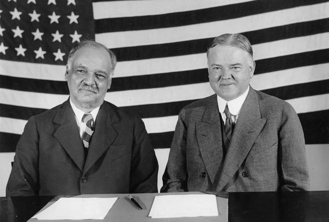 Những điều ít biết về Phó Tổng thống da màu đầu tiên của Mỹ - ảnh 3