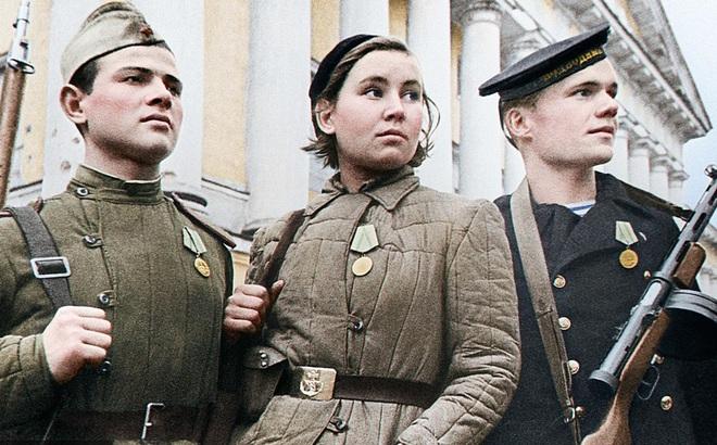 """Cuộc bao vây đáng sợ nhất lịch sử: Đức nỗ lực """"san phẳng"""" Leningrad, Hồng quân quyết cứu bằng được"""