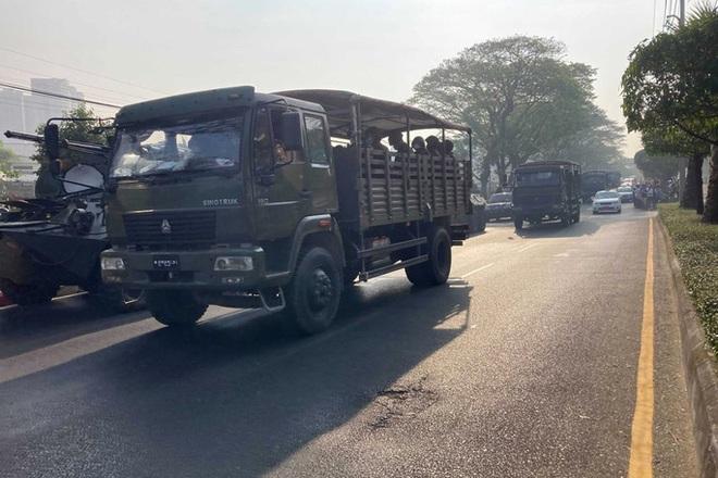 Quân đội Myanmar nới thời hạn giam giữ lãnh đạo Suu Kyi - Ảnh 1.