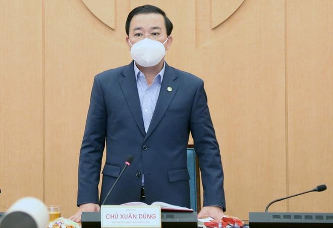 Hôm nay, Hà Nội bắt đầu đóng cửa các quán ăn đường phố, trà đá, cà phê phòng dịch Covid-19; Hạn chế phương tiện qua quốc lộ ở Hải Dương - Ảnh 1.