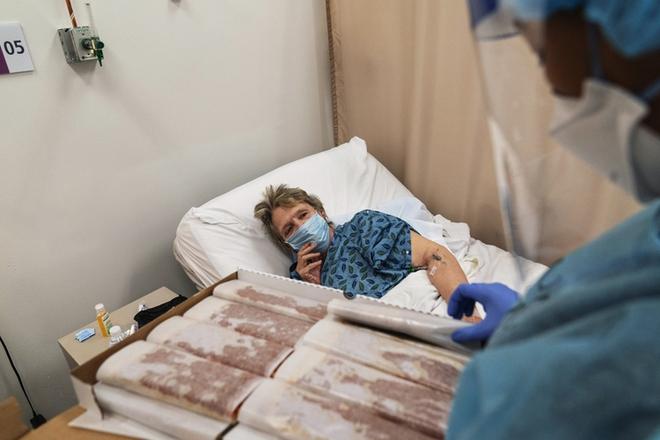 Bên trong bệnh viện dã chiến hiện đại của Mỹ - Ảnh 6.