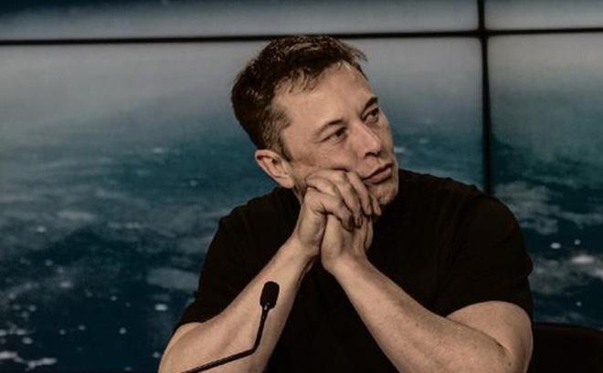 3 cuốn sách Elon Musk khuyên bạn nên đọc vào năm Tân Sửu 2021