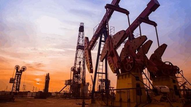 Giá dầu tăng mức cao nhất trong vòng hơn 1 năm - Ảnh 1.