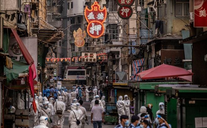 """""""Nhà quan tài"""" bộc lộ bất ổn ở Hồng Kông giữa dịch Covid-19: Chúng tôi sai vì chúng tôi nghèo!"""