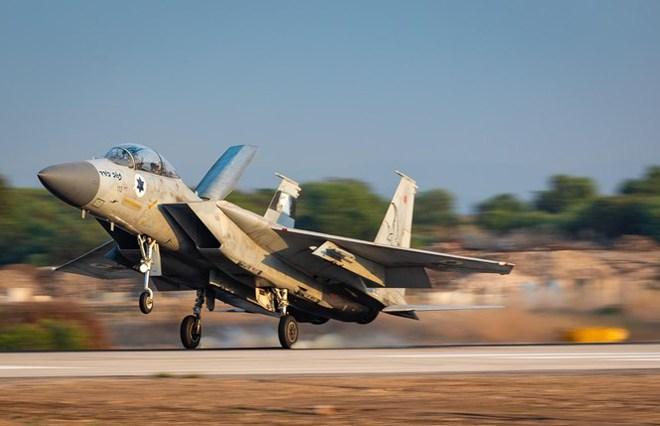 """Israel họp khẩn cấp về Syria, đe dọa hành động quân sự với Tehran - Tàu chiến Nga-Iran """"phủ kín"""" vịnh Ba Tư - Ảnh 3."""