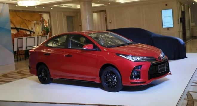 """Cận cảnh """"hàng nóng"""" Toyota Vios 2021 tại Việt Nam, giá bán bao nhiêu? - Ảnh 2."""