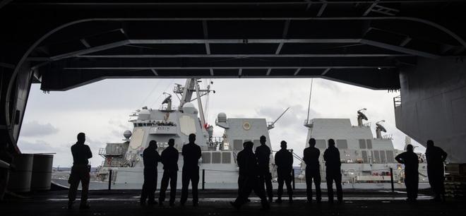 """Chính quyền Biden liên tiếp """"nắn gân"""" Trung Quốc trong vấn đề Biển Đông - Ảnh 1."""