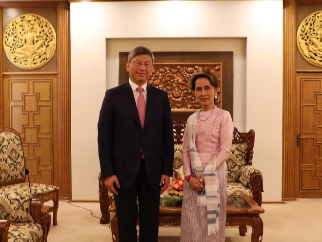 Rộ tin Đại sứ quán Trung Quốc bị vây, binh sĩ PLA đổ bộ đường phố Myanmar: Bắc Kinh nói gì? - Ảnh 1.