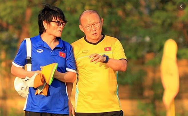 Vừa trở lại Việt Nam, phó tướng của thầy Park nhận tin vui nhờ động thái từ VFF
