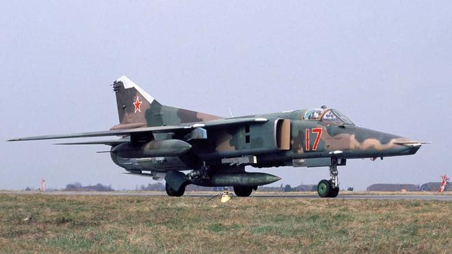 Tiết lộ chấn động: Liên Xô huy động 100 máy bay ném bom hạt nhân, sẵn sàng tấn công NATO! - Ảnh 2.