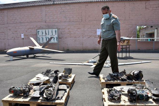 Sputnik: Nếu sở hữa 2.500 UAV, Armenia có thể đánh ngang cơ với Azerbaijan? - Ảnh 1.