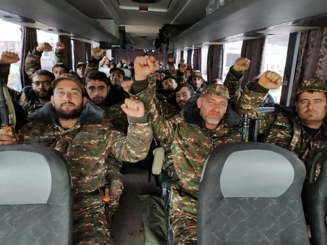 Sputnik: Nếu sở hữa 2.500 UAV, Armenia có thể đánh ngang cơ với Azerbaijan? - Ảnh 8.