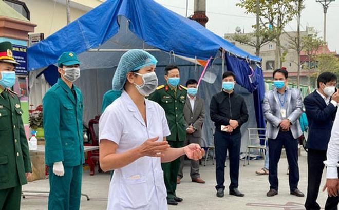 Bệnh nhân mắc Covid-19 nhỏ tuổi nhất Việt Nam đã được ra viện