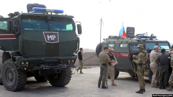 Giao chiến gần biên giới Israel: Quân đội Nga ở Syria khẩn cấp ra tay - Dẹp yên ngoạn mục - Ảnh 2.